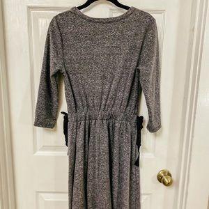 Le Lis Grey Casual Dress